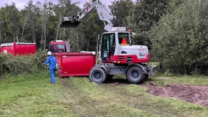 Grond afgegraven in weiland na melding over mogelijk gedumpt drugsafval
