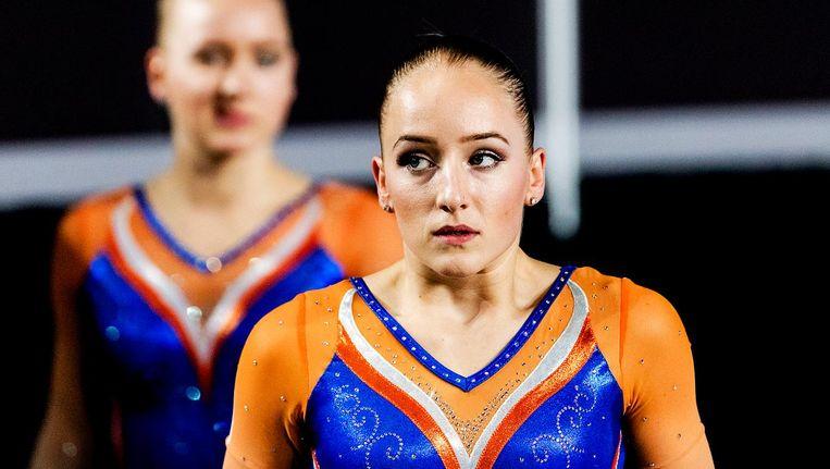 Sanne Wevers in actie tijdens kwalificatie op de balk voor de wereldkampioenschappen turnen in Montreal, Canada. Beeld anp