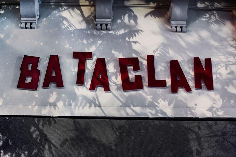 De vernieuwde voorgevel van concertzaal Bataclan in Parijs. Beeld Karoly Effenberger