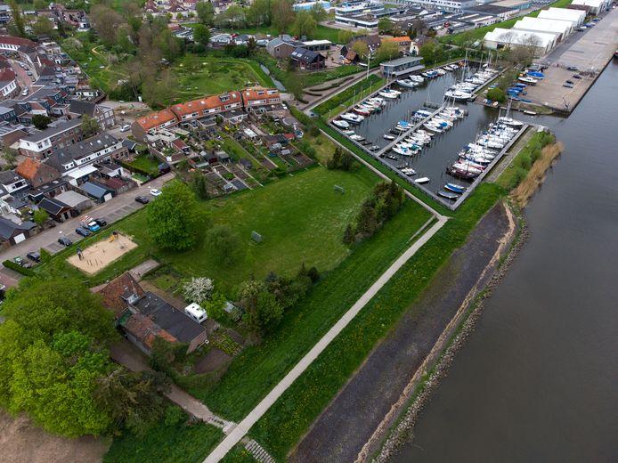 Geen woontoren, maar behoud van de oude visrokerij (linksonder) als streekmuseum. Dat is wat Brunnepe wil.