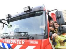 Iris gaat straks samen met haar vader als commandant naar branden en ongelukken