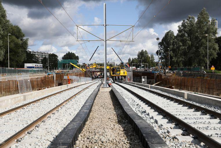 Aanleg van de nieuwe infrastructuur voor de Amstelveenlijn, in augustus 2019. Beeld Eva Plevier