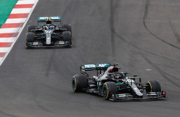 Valtteri Bottas gaf 25 seconden toe op zijn teamgenoot.