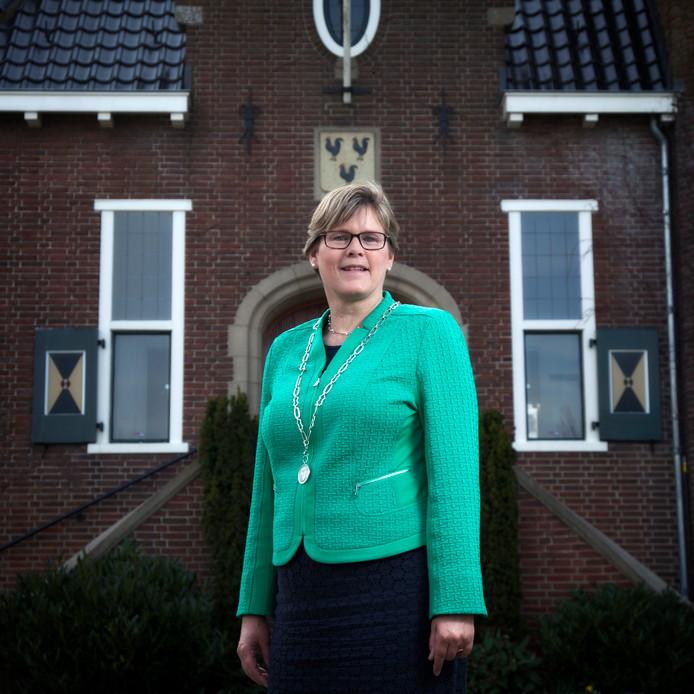 Titia Cnossen, voorzitter regio-overleg.