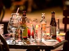 Café zit vol met luidruchtige gasten: burgemeester laat het pand sluiten