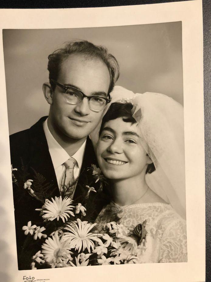 Hans en Anneke Borsboom tijdens hun trouwen