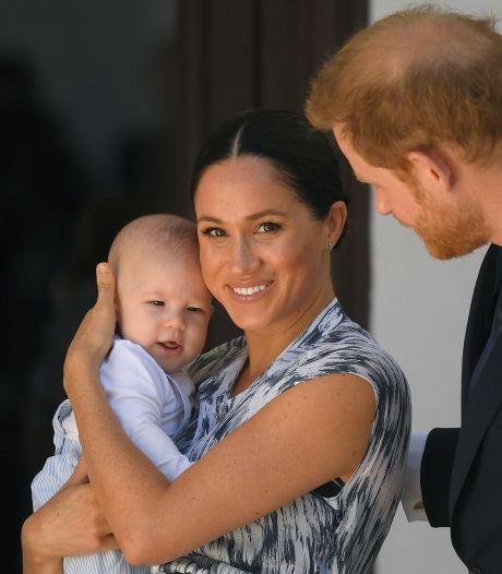 Meghan tijdens Britse mediastorm zonder Harry terug naar baby Archie in Canada