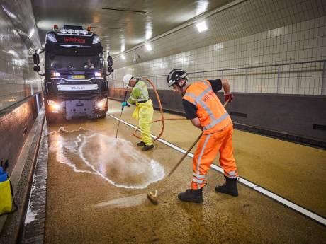 De Maastunnel is weer spic en span en helemaal open voor verkeer
