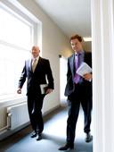 VVD-leider Mark Rutte met Uri Rosenthal (toen nog fractievoorzitter van de VVD in de Eerste Kamer) in 2007.