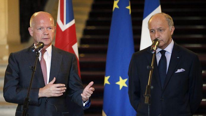 Le ministre britannique des Affaires étrangères William Hague et son homologue français Laurent Fabius