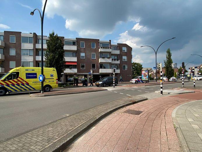 De hulpdiensten ter plaatse in Hengelo