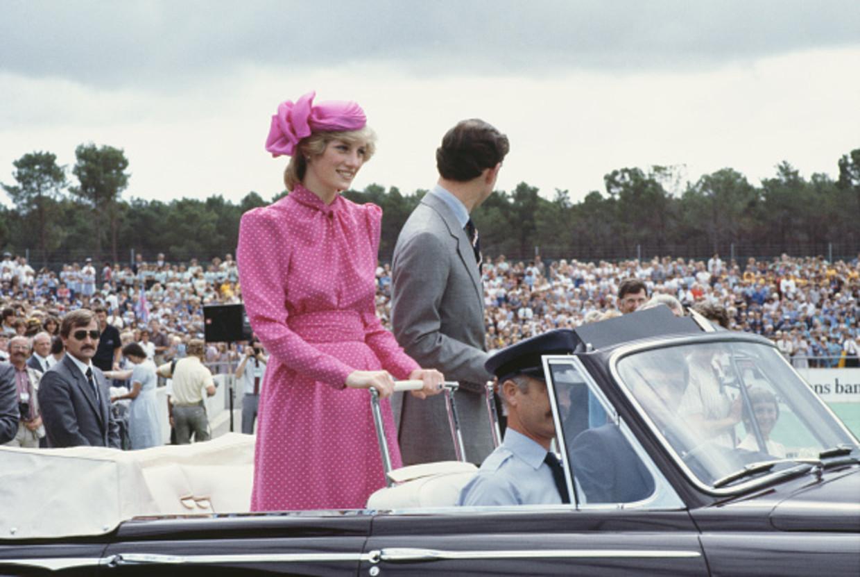 Prins Charles en Diana bij het Perth Hockey Stadion in Bentley, Perth, op 7 april 1983.  Beeld Getty