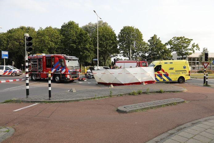 Bij een ongeval in Roosendaal is een 85-jarige man omgekomen.