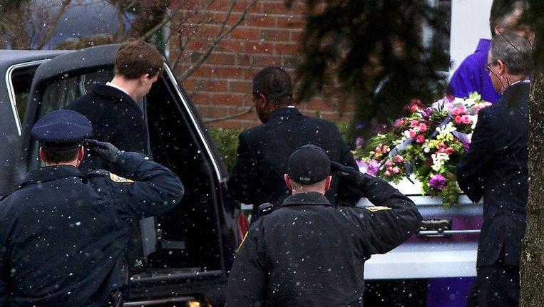 De begrafenis van Josephine Gay, slachtoffer van de schietpartij in Newtown. Beeld ap
