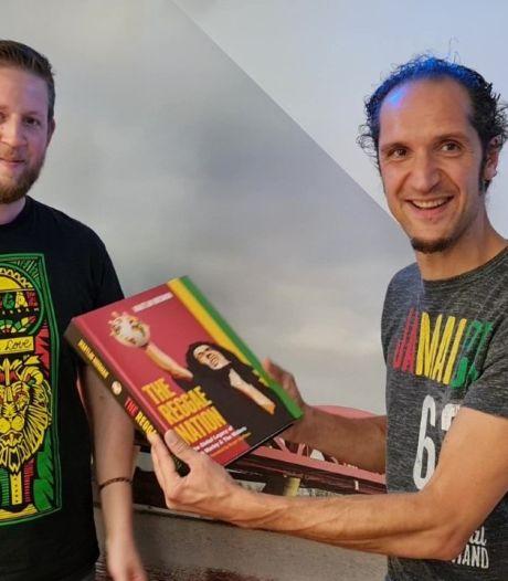 Wereldwijde boekrelease Bob Marley in Zwolse radiostudio