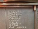 Het monument op het terrein van de KNVB in Zeist waarop meer dan 2200 namen staan van oorlogsslachtoffers die lid waren van de bond.