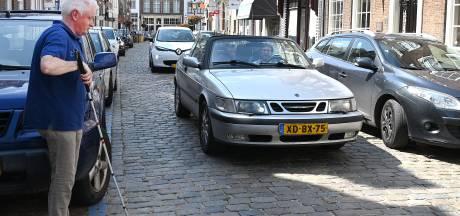 Liever een parkeerplaats dan een veilige oversteekplaats voor blinden in Grave