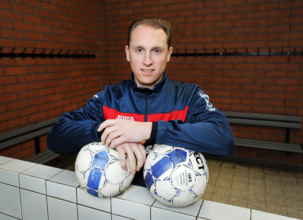 Filip Goossens (foto) speelde in het verleden bij Hoogstraten nog twee seizoenen samen met zijn voorganger Kurt Van Dooren.