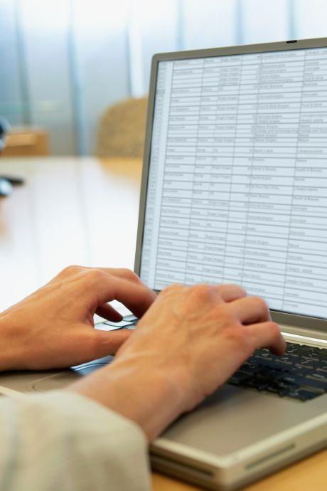 Rekenkamer Rotterdam: Algoritmes kunnen leiden tot vooroordelen bij besluiten over uitkeringsfraude