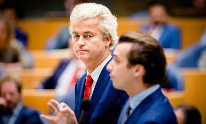 PVV-leider Geert Wilders (links) en Thierry Baudet (FvD)  tijdens een plenair debat in de Tweede Kamer over de regeringsverklaring een maand geleden.