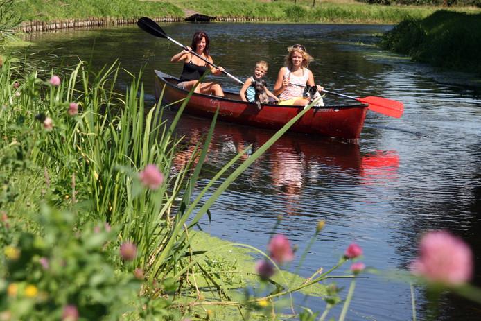 Kanovaren is een populaire activiteit van voorheen Buitensport Twente.