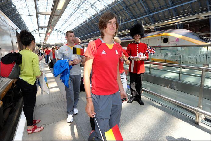 Maaike Polspoel tijdens haar aankomst in St-Pancras International station in Londen voor de Spelen.