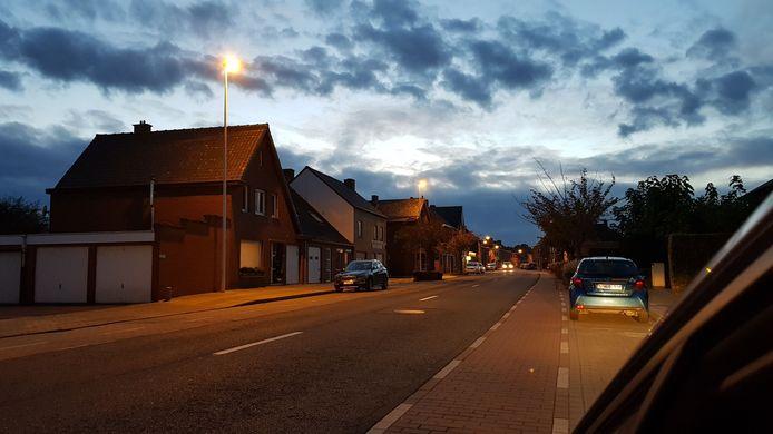 Net als in Ieper wordt in Heuvelland de openbare verlichting vervangen door ledverlichting.
