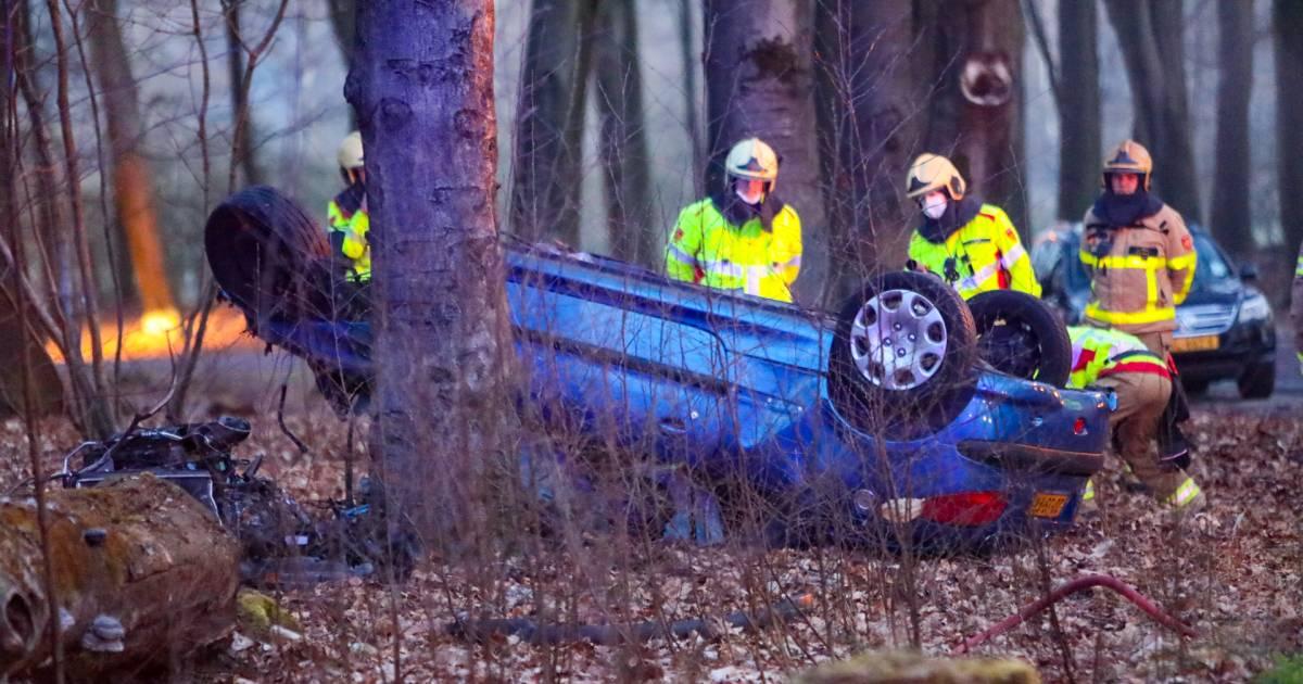Dramatisch ongeluk: man belt vermoedelijk in kritieke toestand zelf zijn vader.