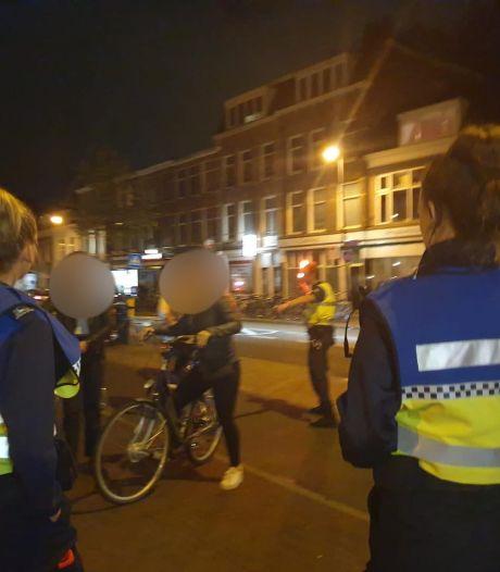 Boa's delen meer dan 100 boetes uit op de Amsterdamsestraatweg in Utrecht