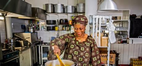 De nog vrij onbekende West-Afrikaanse keuken: geroosterde geit en pikante pindasoep van Mama Essi