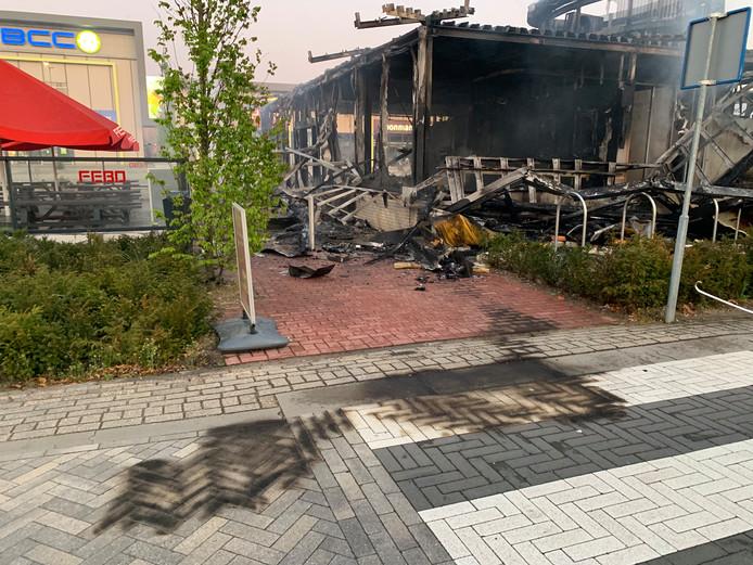 De Febo in Den Bosch is volledig uitgebrand.