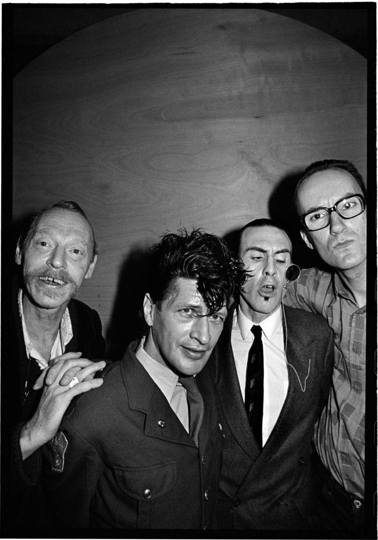 Simon Vinkenoog, Herman, Jules Deelder en Bart Chabot in 1986. Beeld Gerard Wessel
