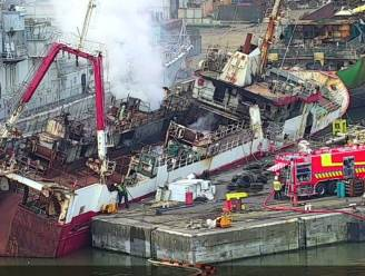 """Bluswerken aan brandend vissersschip zullen nog zeker dag duren: """"Heel complexe situatie"""""""