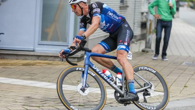 """Ex-prof Robby Meul (40) hangt in Nieuwkerken-Waas fiets aan de haak: """"De cirkel is helemaal rond"""""""
