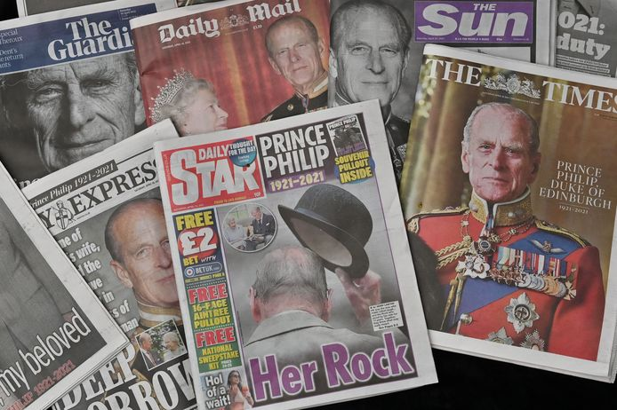 Alle Britse kranten kwamen met een warm eerbetoon aan de overleden hertog van Edinburgh.