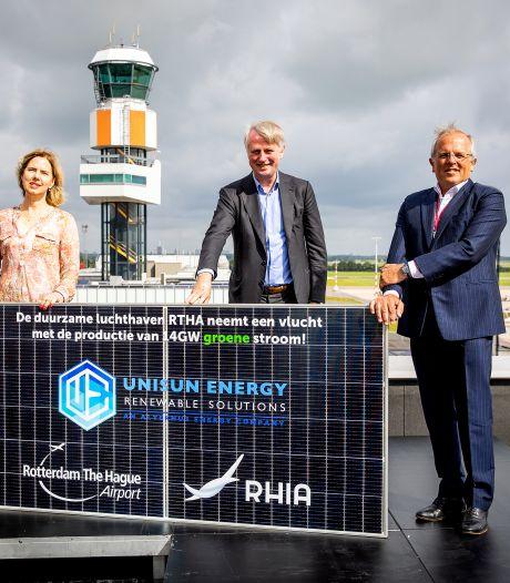 Rotterdam Airport slaat groene weg in met zonnepark, nu luchtvaart zelf nog: 'Dit is een stap in de juiste richting'