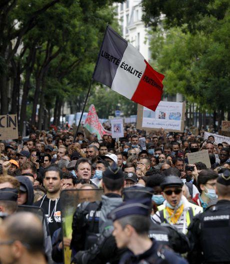 Frankrijk versoepelt regels voor gebruik gezondheidspas na massale protesten