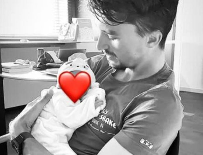 Alaphilippe met zijn kindje Nino.
