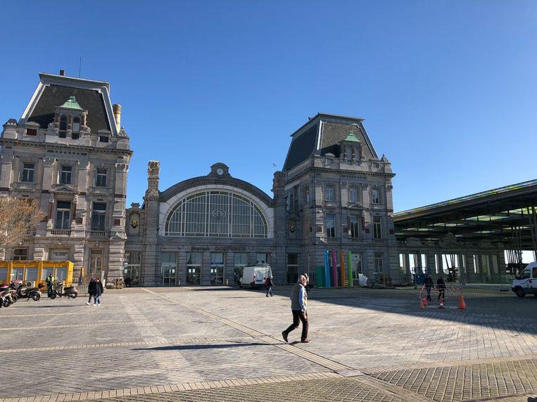 Het stationsplein van Oostende.