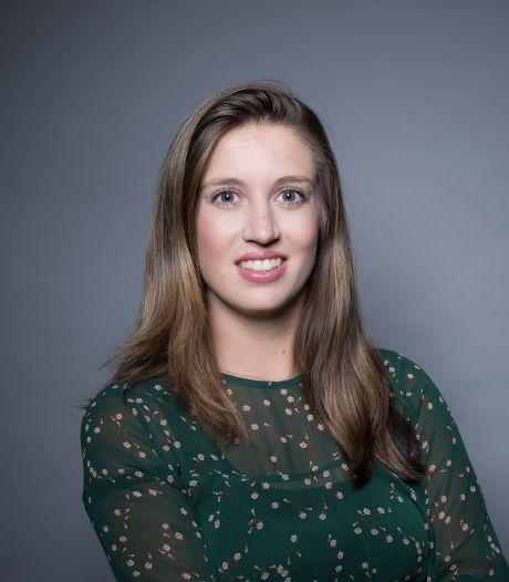 Elisa (25) is accountant: 'De standaard opmerking die ik krijg is 'Wat saai!''