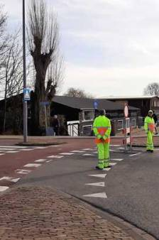 Wegen naar Kralingse Bos opnieuw afgesloten, gemeente adviseert niet naar strand te komen