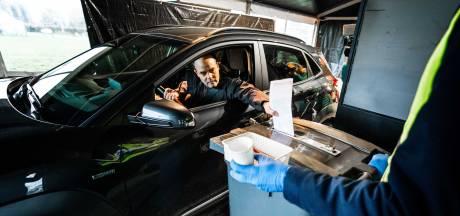Verkiezingen kunnen doorgaan: in tenten en 'drive-throughs'