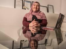Kübra Iyibicer spreekt in Enschede:  'Sollicitatiegesprek ging vooral over mijn hoofddoek'
