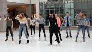Leerlingen Annuntia-Instituut houden flashmob in Shopping Center
