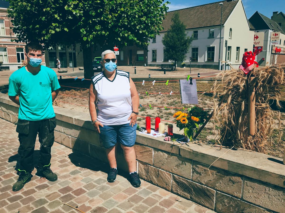 Tineke De Potter en Ricardo Pieters hebben op het dorpsplein van Moorsel een rouwplek om Ilse Uyttersprot te gedenken ingericht.