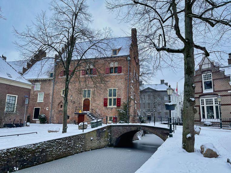 Uitzicht op Huis Tinnenburg. Beeld Louël de Jong