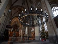 Alternatief 'kerstfestival' in Zutphense Walburgiskerk: verhalen, muziek, versierde bomen en warme choco of glühwein