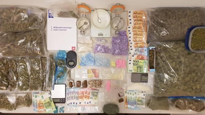Halve drugswinkel (én 19 erectiepillen) in beslag genomen