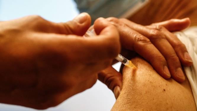 Week geleden kregen we 10.000 vaccins en werden er 700-tal gebruikt. Deze week komen er 87.500 bij en gebruiken we er 6.600. Wat is er aan de hand?