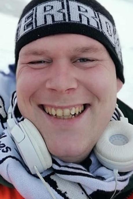 Joeri (31) doodgestoken na ruzie met ex: 'Ik verlies mijn zoon én mijn beste vriend'